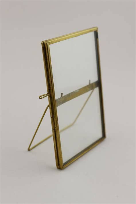 glass brass glass picture frame 4x6in