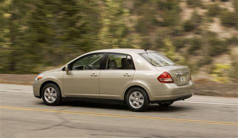 2009 nissan versa sedan picture pic image