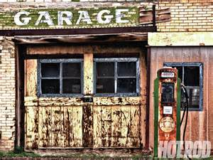 Abandoned Garage by 301 Moved Permanently