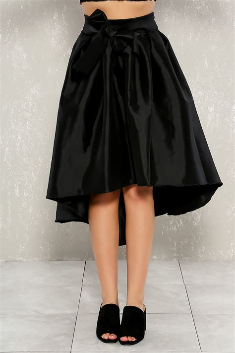 black high low hem bustle front bow pleated skirt