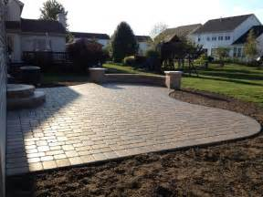 Paver Patio Design by 24 Paver Patio Designs Garden Designs Design Trends