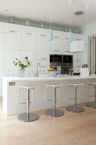 Kitchen Breakfast Bar Stools Contemporary by Rs101 11 Bar Stools At Breakfast Bar In White Fitted