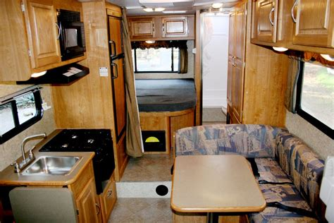 Large Caravan Awning Vacation Rv Rentals Class C 25 Foot Rv Rental