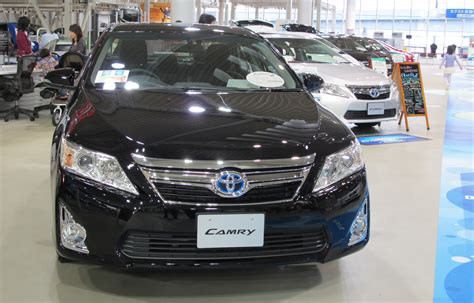 Toyota Camry Jdm Toyota Camry Jdm Hybrid Offers Another Take On The Xv50