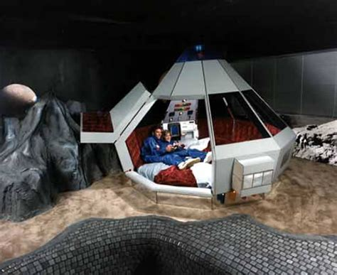 room space the space odyssey and other fantasy hotel rooms neatorama