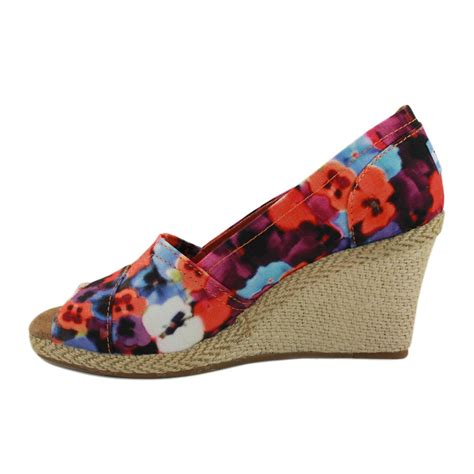 Wedges Flowers W 91 toms serena wedge 010026b13 womens fabric wedges floral