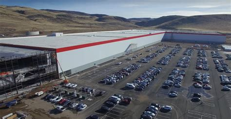 tesla battery factory nevada tesla gigafactory will begin model 3 battery cell