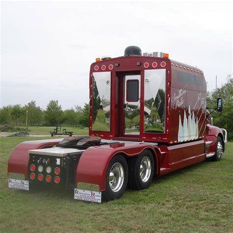 semi truck sleepers http www rrcustomsleepers com images large exterior