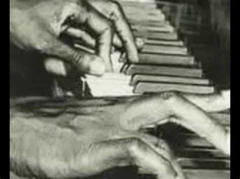 langston hughes biography youtube langston hughes america and the weary blues youtube