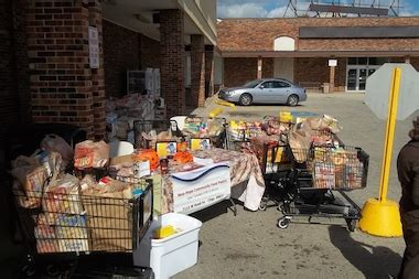 norwood park food pantry to distribute food toys at