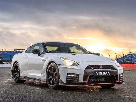 nissan r35 nismo gtr nismo 0 60 new car release date and review 2018
