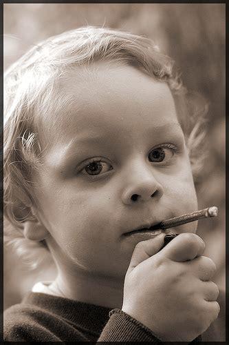 imagenes de joker fumando sobre los que aun fuman en las universidades blog de