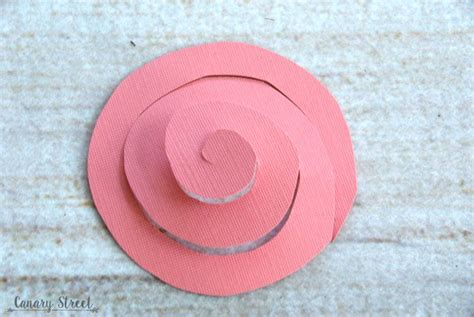 How To Make A Helix Out Of Paper - easy spiral paper flower canary crafts