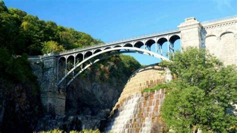 boat cruise in westchester new york cortlandt ny westchester county historic hudson river