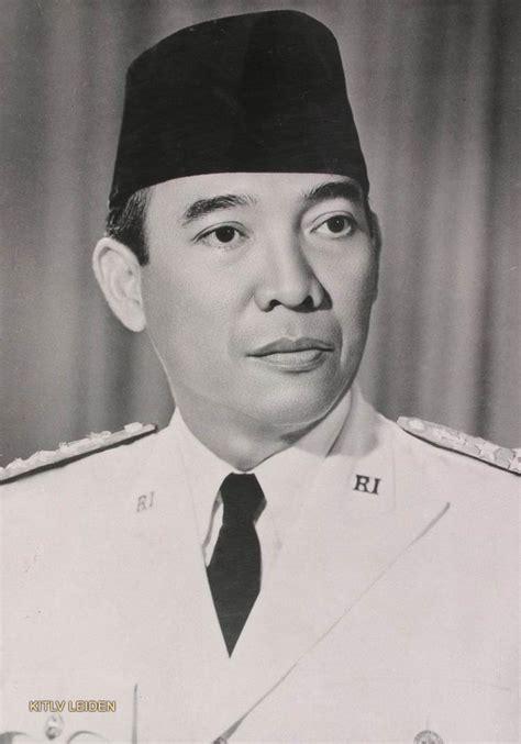 Pahlawan Ir Soekarno mociy pahlawan nasional bung karno published by sang