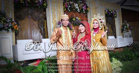 rumah sewa kebaya juwita busana pengantin couple warna busana pengantin couple warna kuning emas rumah sewa