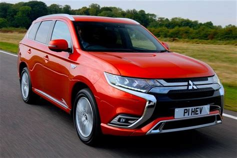 mitsubishi outlander road mitsubishi outlander phev 2019 road test road tests