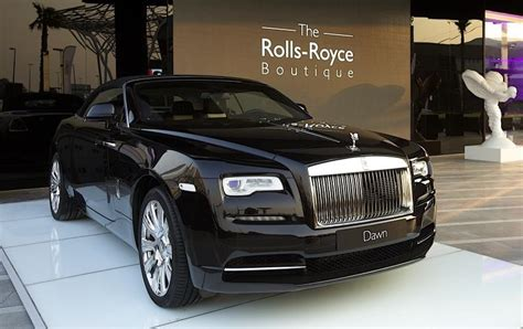 roll royce dubai rolls royce boutique opens in dubai