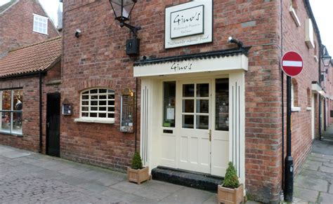 places to eat in lincoln gino s places to eat or drink visit lincoln