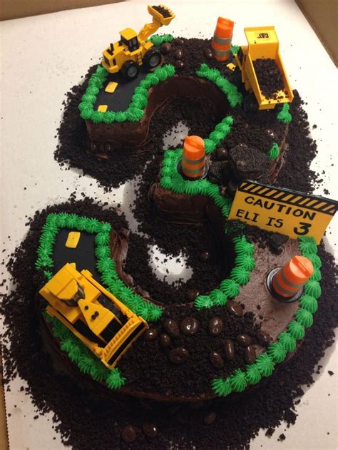 Nstruction Site Cake With Progression Pictures I Had A