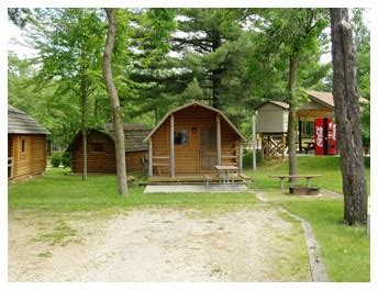 Cabins In The Wisconsin Dells by Wisconsin Dells Wisconsin Cabin Accommodations