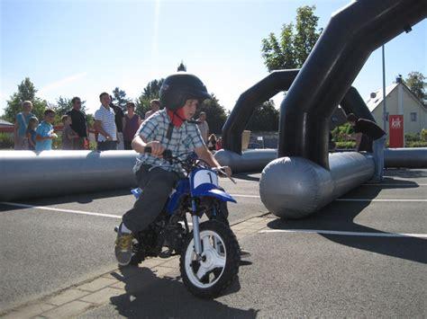 Mini Motorrad by Mini Motorrad Bahn Mieten Kinder Rennbahn Mit