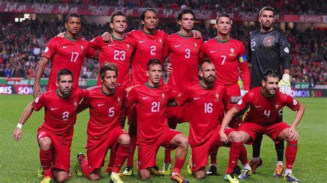 Sleeper Players Football 2014 by A Sele 231 227 O Portuguesa N 227 O 233 S 243 Cristiano Ronaldo Europa Football Brasil
