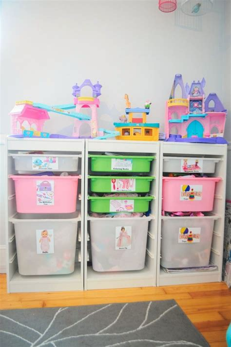 toy storage ideas for small spaces 25 best ideas about toy storage solutions on pinterest