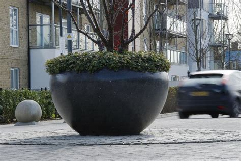 Pas 68 Planters by 17 Best Images About Planters On Gardens