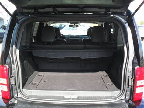 jeep compass trunk jeep compass cargo images