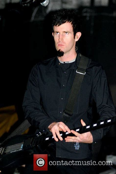 rob swire kevin sawka of pendulum performing at the united center