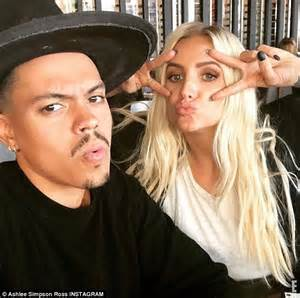 ashlee simpson tv ashlee simpson and evan ross on sunday outing with