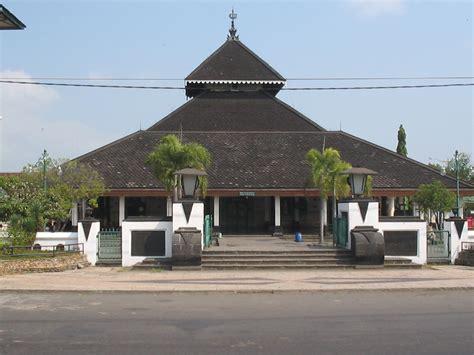 design masjid demak model arsitektur masjid di belahan indonesia