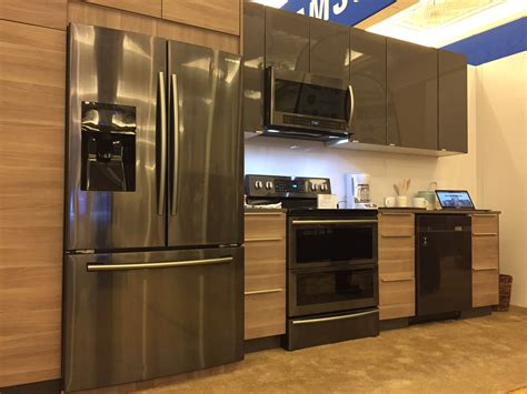 Black Kitchen Cabinets With Stainless Steel Appliances Kitchens With Black And Stainless Appliances
