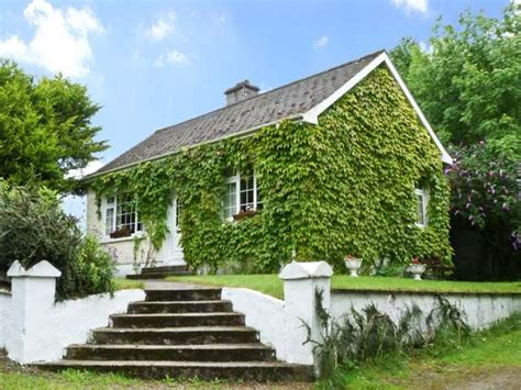 Cottages For Couples Ireland by Evergreen Cottage Cahir Tipperary Cottages For Couples Self Catering Country Cottage Sleeps