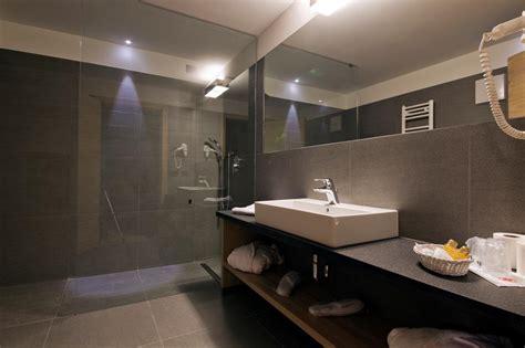 doccia grande profilpas un nuovo sistema per concepire l area doccia