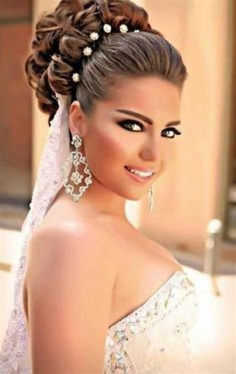 bridal hairstyles of long hair top 10 gorgeous bridal hairstyles for long hair 2053452