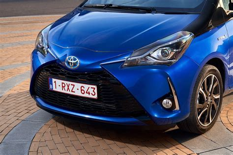Hu Toyota All New Yaris 2017 1 drive co uk new toyota yaris 2017 reviewed tim barnes clay