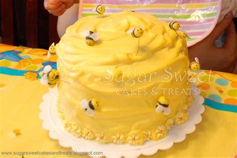 winnie  pooh beehive smash cake bee hive smash flickr