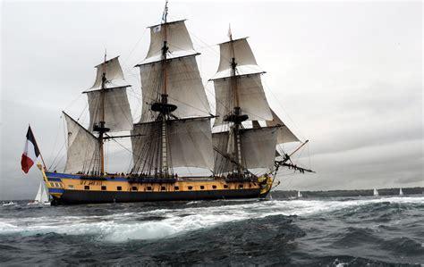 hermione bateau youtube l hermione est arriv 233 e en france apr 232 s son p 233 riple am 233 ricain