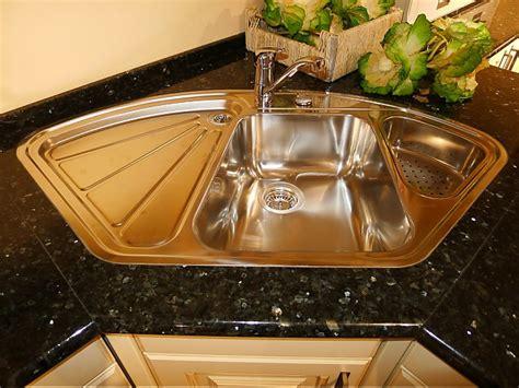 küchen vorhänge lackierte kommode neu streichen