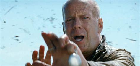 film action bruce willis looper trailer