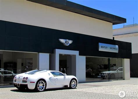 bugatti veyron 16 4 grand sport at a dealership in s 227 o paulo