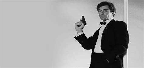 timothy dalton biography timothy dalton biography 187 the poster collector