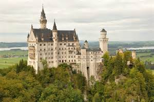 most beautiful castles 11 most beautiful castles in the world traveleralmanac