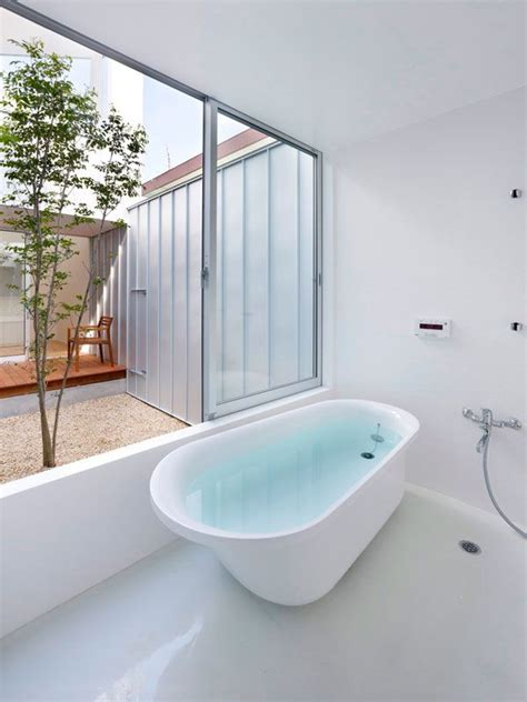 unique bathtubs 60 best images about unique bathtubs on pinterest building images courtyard house and bath tubs