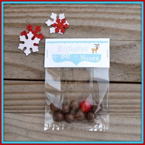 reindeer noses christmas party favors 17 free printable gift tags tip junkie