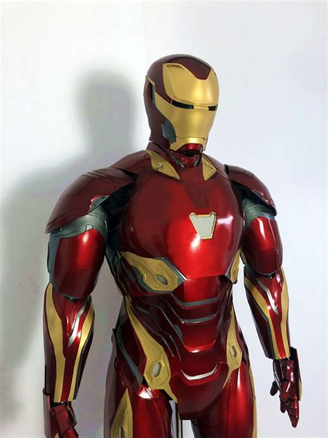 avengers infinity war tony stark iron man suit mark