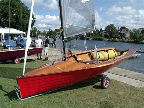 fast dinghy boats 26 best sc sailboat images on pinterest wood boats