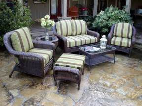 porch furniture tortuga 5 pc lexington resin wicker patio set fn21500